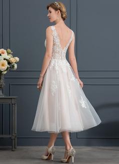 A-Line/Princess V-neck Tea-Length Tulle Wedding Dress