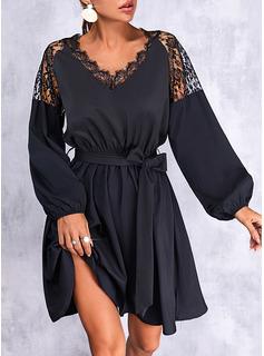 Sólido Vestido línea A Manga Larga Mini Pequeños Negros Casual Patinador Vestidos de moda