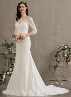 Trumpet/Mermaid Off-the-Shoulder Court Train Lace Wedding Dress