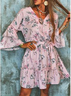 Blomster Print Skede Flare-ærmer Lange ærmer Mini Casual Elegant Mode kjoler