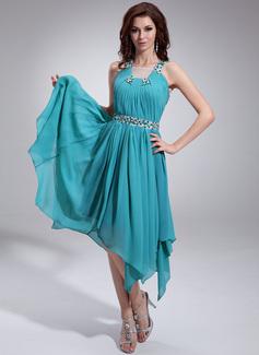 Forme Princesse Encolure carrée Traîne asymétrique Mousseline Robe de vacances avec Plissé Emperler
