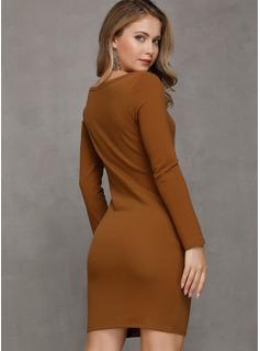 Sobre la rodilla Cuello redondo poliéster Botones/Sólido Mangas Largas Vestidos de moda