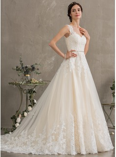 Ball-Gown/Princess Sweetheart Court Train Tulle Wedding Dress With Beading Sequins