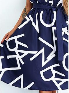 Impresión Carta Vestido línea A Manga Corta Midi Casual Patinador Vestidos de moda