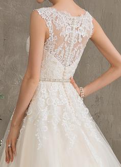 Robe Marquise/Princesse Amoureux Traîne moyenne Tulle Robe de mariée avec Brodé Paillettes