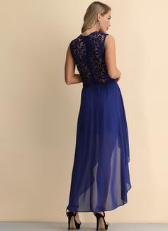 Spets A-linjeklänning Ärmlös Asymmetrisk tappning utformar Fritids Elegant Sexig Modeklänningar