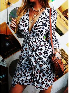 """Leopard Výstřih do """"V"""" Dlouhé rukávy Nadýchané rukávy Mini Módní šaty"""