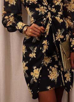 フローラル 印刷 ボディコンドレス 長袖 パフスリーブ ミニ パーティー エレガント ファッションドレス