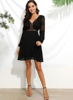 Over Knee V-hals Polyester Blonder/Solid Lange ærmer/pufærmer Mode kjoler