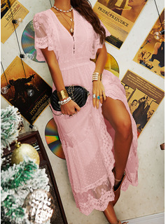 Spets Solid V-ringning Korta ärmar Maxi Modeklänningar