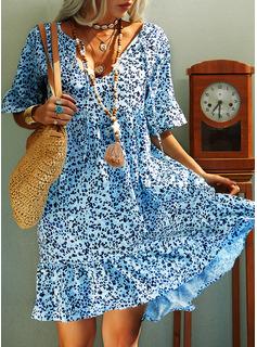 Blomster Print Skiftekjoler Korte ærmer Mini Casual Ferie Tunika Mode kjoler