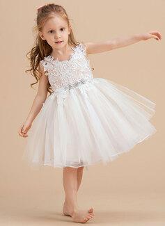 A-Line V-neck/Straps Knee-length Tulle/Lace Sleeveless Flower Girl Dress
