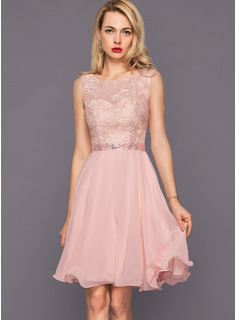A-Line Scoop Neck Knee-Length Chiffon Cocktail Dress With Beading Sequins