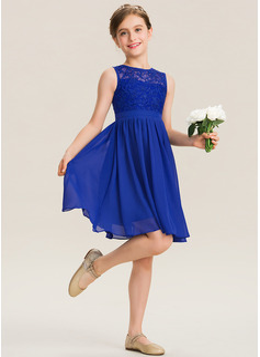 A-Line Scoop Neck Knee-Length Chiffon Lace Junior Bridesmaid Dress