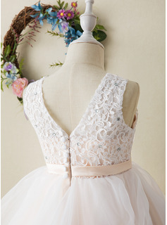 Ball-Gown/Princess Tea-length Flower Girl Dress - Tulle/Lace Sleeveless Scoop Neck With Appliques
