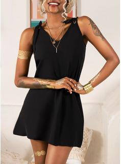 Solid Shiftklänningar Ärmlös Mini Den lilla svarta Fritids Semester Typ Modeklänningar