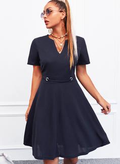 Sólido Vestido linha-A Manga Curta Midi Casual Skatista Vestidos na Moda