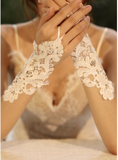 Tulle/Lace Wrist Length Bridal Gloves