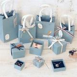 Brudtarna Presenter - Mode Kort papper Presentförpackning / väska (Säljs i ett enda stycke)