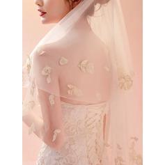 One-tier Lace Applique Edge Elbow Bridal Veils With Lace