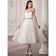 A-linjeformat Älskling Tea-lång Tyll Bröllopsklänning med Rufsar Beading Paljetter