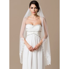 One-tier Waltz Bridal Veils With Lace Applique Edge (006066049)