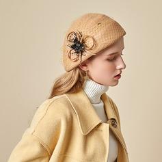 Señoras' Hermoso/Simple/Pretty Madera con Tul Boina Sombrero