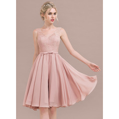 A-Line/Princess V-neck Knee-Length Chiffon Lace Bridesmaid Dress With Bow(s) (007116648)