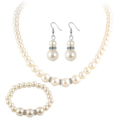 Classic Imitation Pearls With Imitation Pearl Ladies' Jewelry Sets