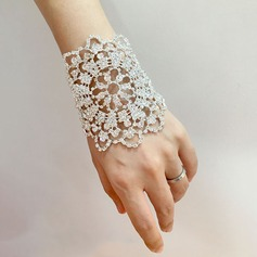 Comely Rhinestone Wrist Corsage -