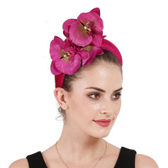 Dames Betoverend/Elegant Fluwelen met Bloem Fascinators/Kentucky Derby Hats