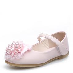 Mädchens Round Toe Geschlossene Zehe Leder Flache Ferse Blumenmädchen Schuhe mit Perlstickerei Bowknot Klettverschluss Blume