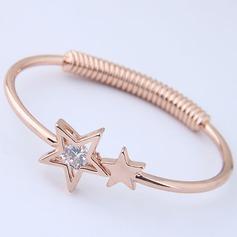 Moda Aleación Diamantes de imitación Señoras' Pulseras de Moda