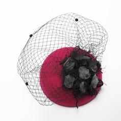 Senhoras Charme Verão/Inverno Fio rede/Veludo com Flor de seda Fascinators