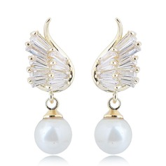 Brillant De faux pearl Zircon de Cuivre avec Perle d'imitation Zircon de Femmes Boucles d'oreille de mode