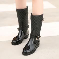 Naisten PVC Matala heel Kengät Varvastossut Kumisaappaat jossa Solki kengät