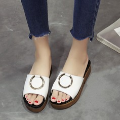 Kvinnor PU Kilklack Plattform Kilar Tofflor med Spänne skor