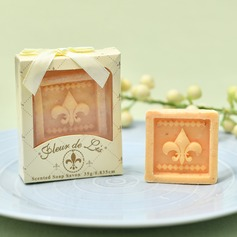 """Classic/""""Happy Wedding"""" Soap Creative Gifts"""