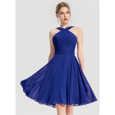 A-Line V-neck Knee-Length Chiffon Cocktail Dress (016154213)