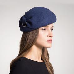 Damen Mode/Glamourös/Elegant/Einfache/Ins Auge Fallend/Hübsche/Fantasie/Romantisch Wollen mit Imitation Schmetterling Baskenmütze Hut