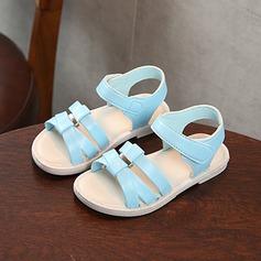 tytön Peep toe tekonahka Flat Heel Sandaalit Matalakorkoiset Flower Girl Kengät jossa Tarranauha Button