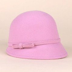 Ladies ' Iøjnefaldende Uld Bowler / Cloche Hat