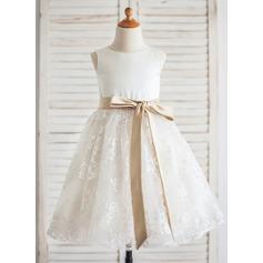 Corte A/Princesa Hasta la rodilla Vestidos de Niña Florista - Satén/Encaje Sin mangas Escote redondo con Fajas