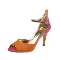 Kvinnor Konstläder Stilettklack Sandaler med Spänne skor