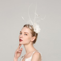 Dames Unique Feather avec Feather Chapeaux de type fascinator