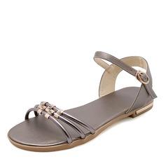 Mulheres Couro verdadeiro Sem salto Sandálias Sem salto Peep toe Sapatos abertos com Strass Fivela sapatos