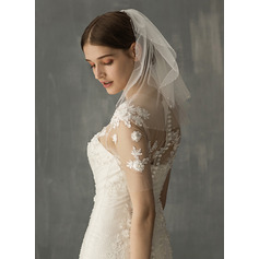 Two-tier Shoulder Veils (006219339)