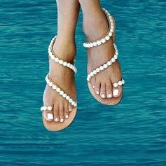 Kvinner Egte Lær Flat Hæl Sandaler Beach Wedding Shoes med Imitert Perle