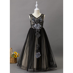 Ball-Gown/Princess Floor-length Flower Girl Dress - Tulle Sleeveless V-neck With Lace/Beading
