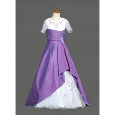 A-Line/Princess Sweep Train Flower Girl Dress - Taffeta/Organza Short Sleeves Scoop Neck With Embroidered/Ruffles/Beading/Sequins